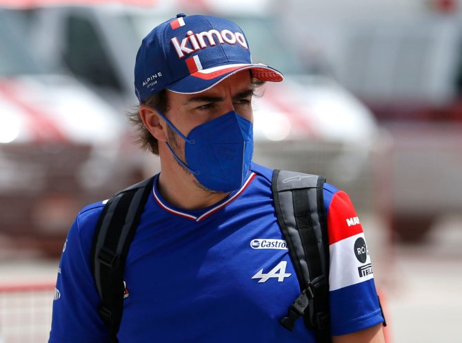 Fernando Alonso arrives at the circuit in Bahrain