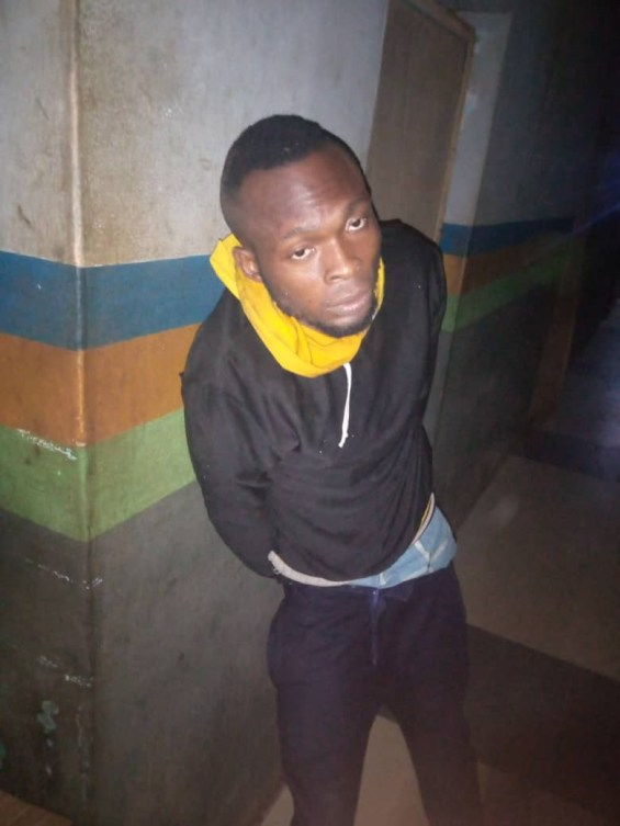 PHOTO: Former employee arrested inside water tank after burgling his boss's office in Ogun