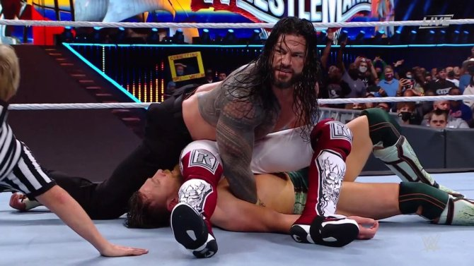 WWE Fans React to the Shocking Return of Edge, His Attack on Roman Reigns on SmackDown