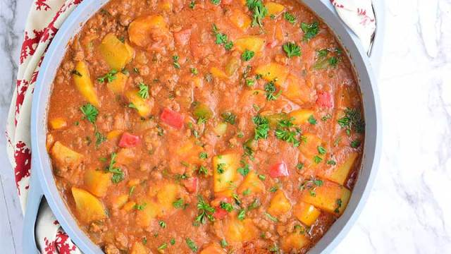 Potato porridge (Potato pottage) recipe by chef Lola's Kitchen