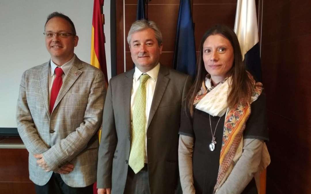 Visita del Cónsul general en Tenerife