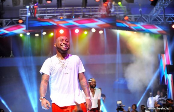 Davido scheduled to perform in Cape Town