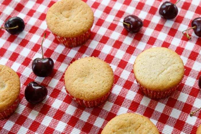 American Pie Cupcake - Miss American Pie - American-Pie-Cupcakes-Recipe-Americana-Fourth of July-26