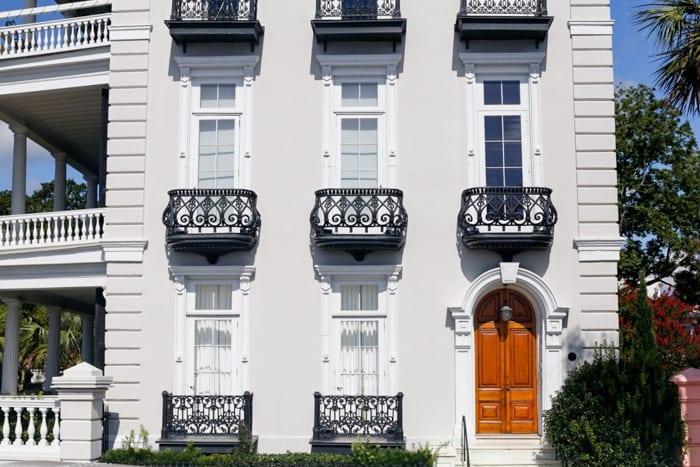 Beautiful charm and architecture exploring Charleston, SC