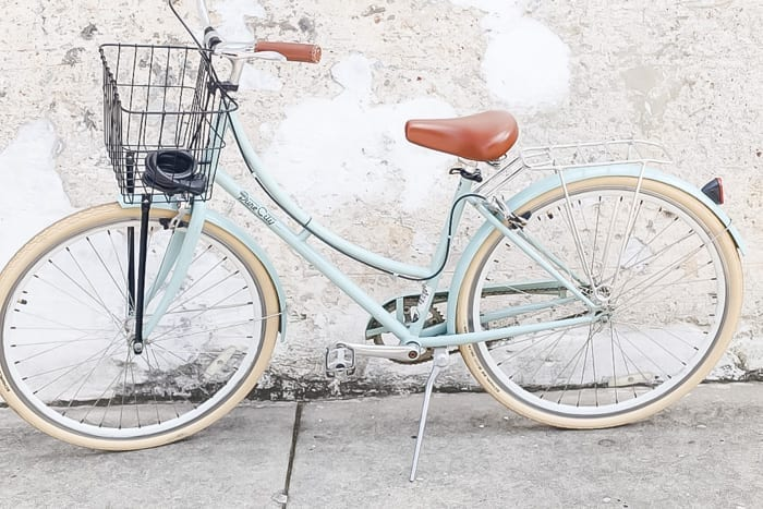 Blogger, Ashley Pletcher learned the best way to cruise Charleston is by bicycles provided by Zero George Hotel.
