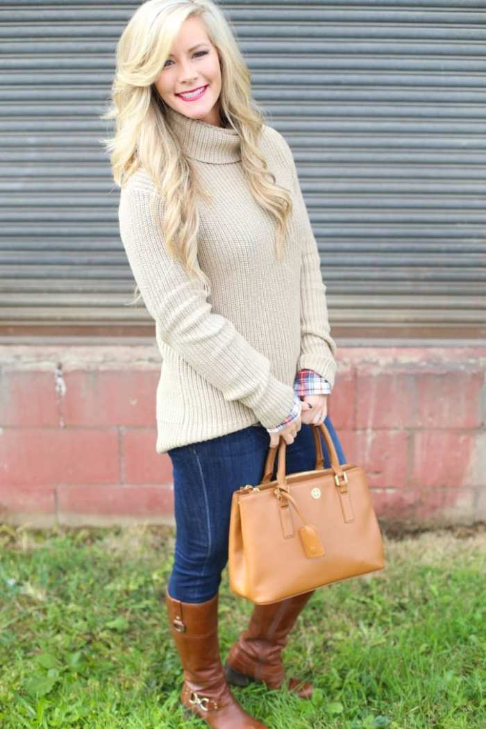 Ashley Pletcher makes a fun Fall look by layering an Abercrombie and Fitch turtleneck and the perfect J.Crew Flannel.