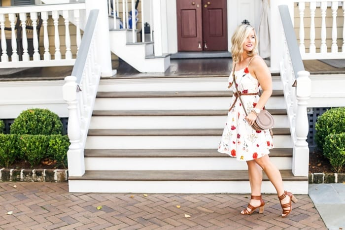 Blogger Ashley Pletcher vacations in Charleston, SC wearing Old Navy that is affordable fashion