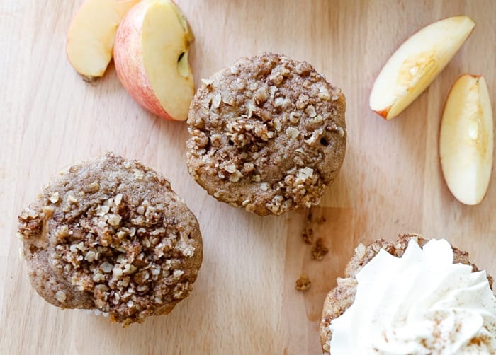 apple-crumble-cupcake-recipe-2