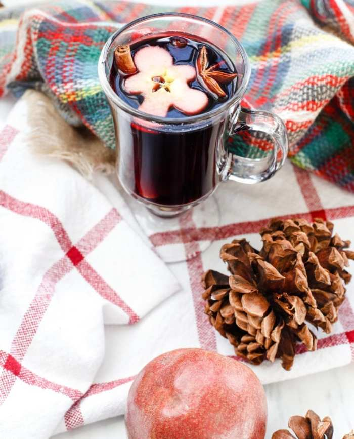 spiced-blackberry-pear-mulled-wine-recipe-2-2