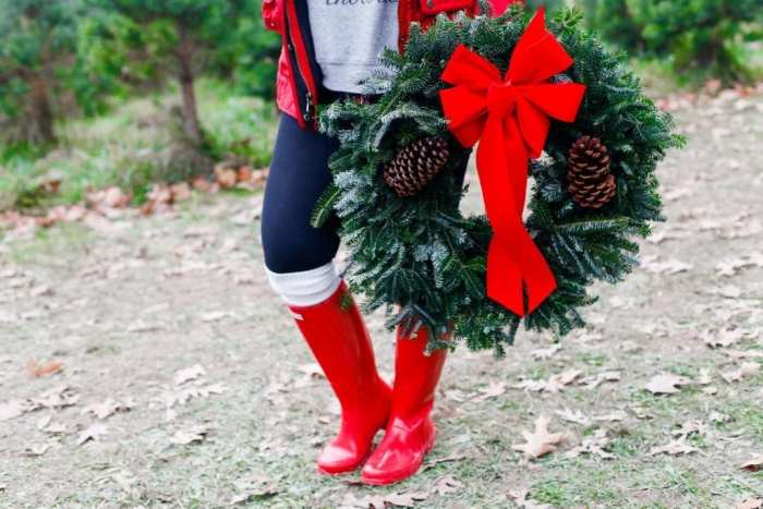 christmas-tree-shopping-blogger-collaboration-holiday-looks-7