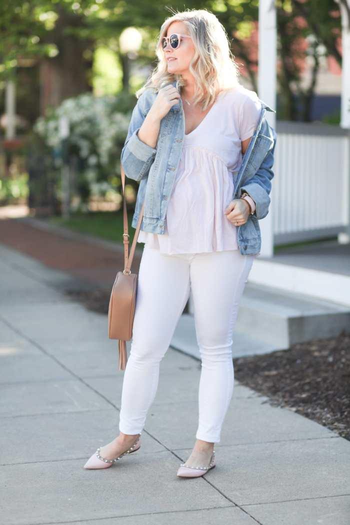 Fashion Blogger- Maternity Fashion - 5 Summer Essentials- Ashley Pletcher- Afternoon Espresso