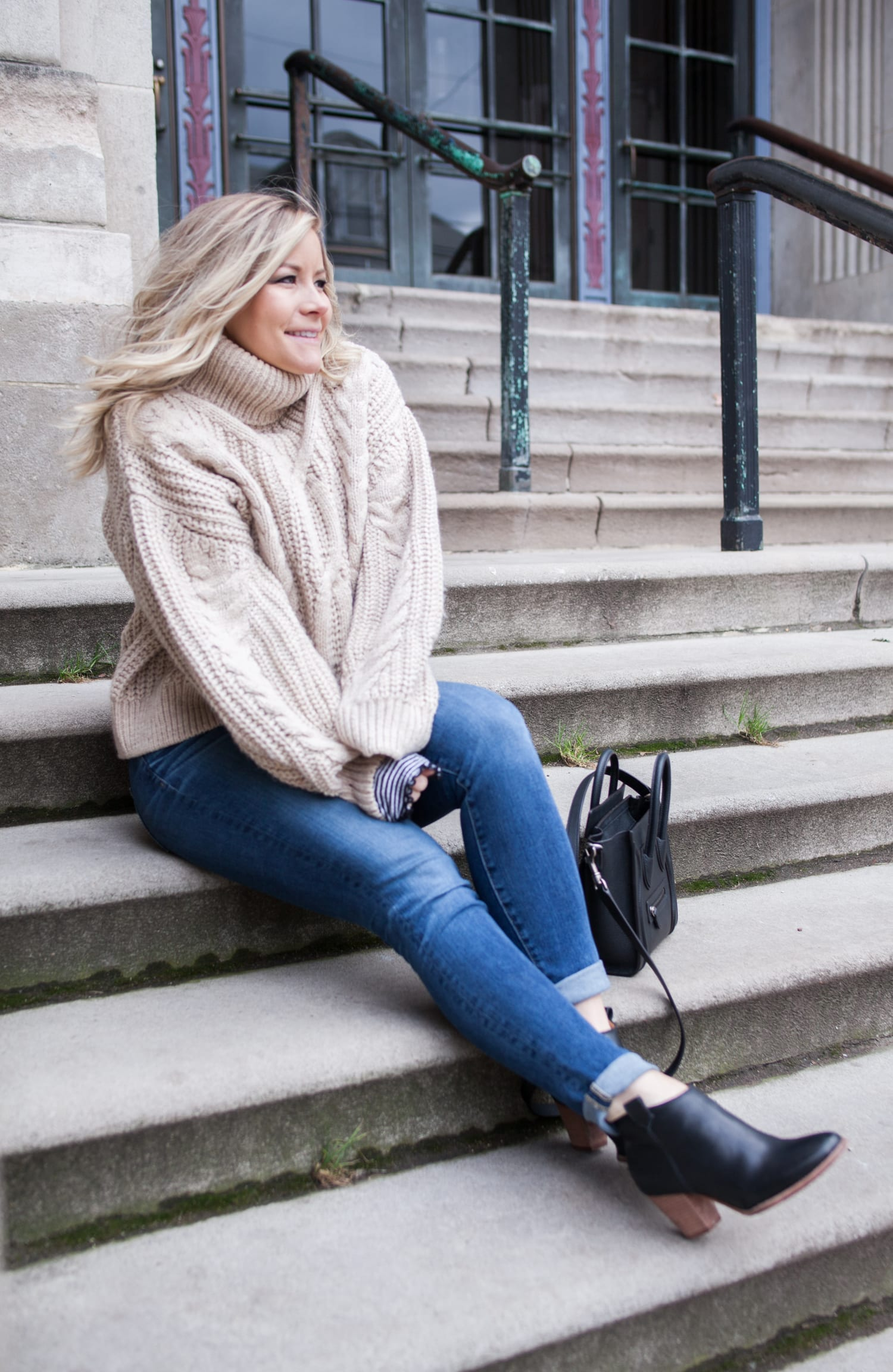 My Favorite Sweater of the Season + Day 7 of #12DaysofGiveaways