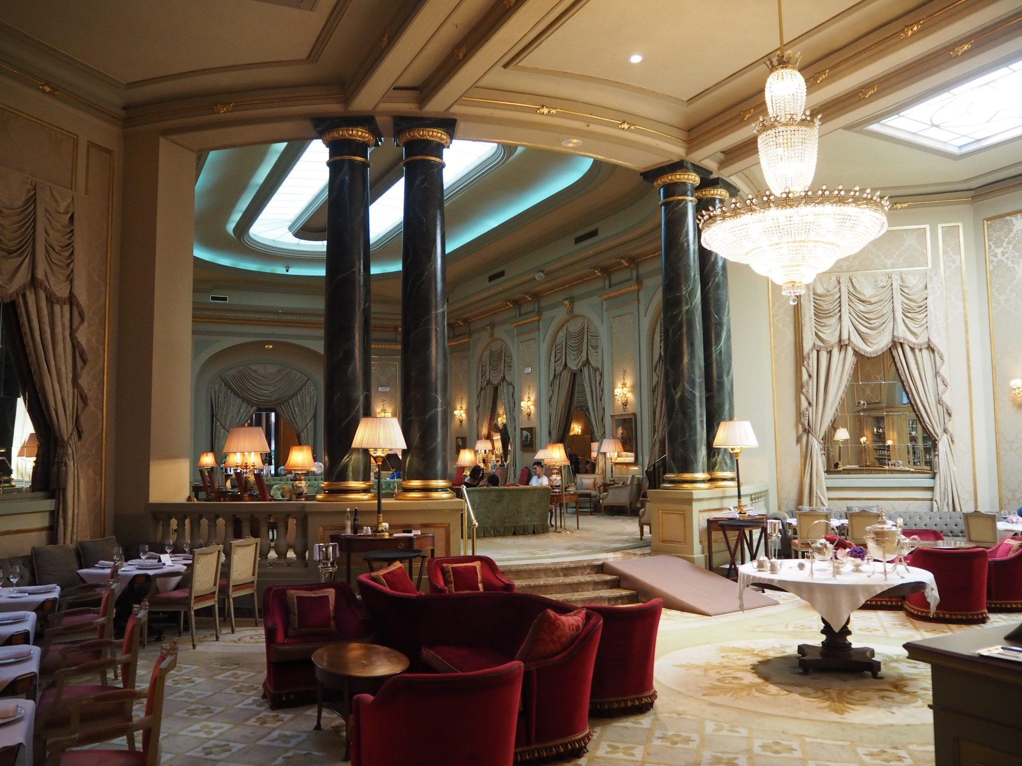 Afternoon Tea at the El Palace Hotel Barcelona