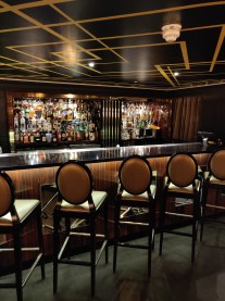 Cocktail Lounges & Bars