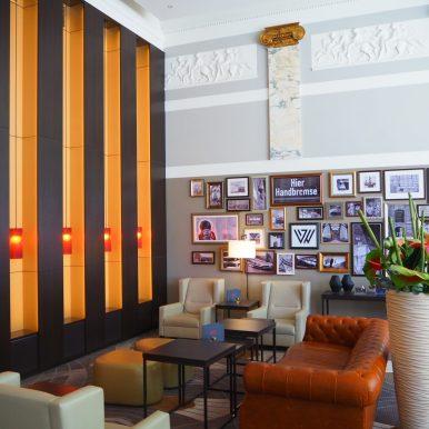 Reichshof Hamburg Hilton Hotel