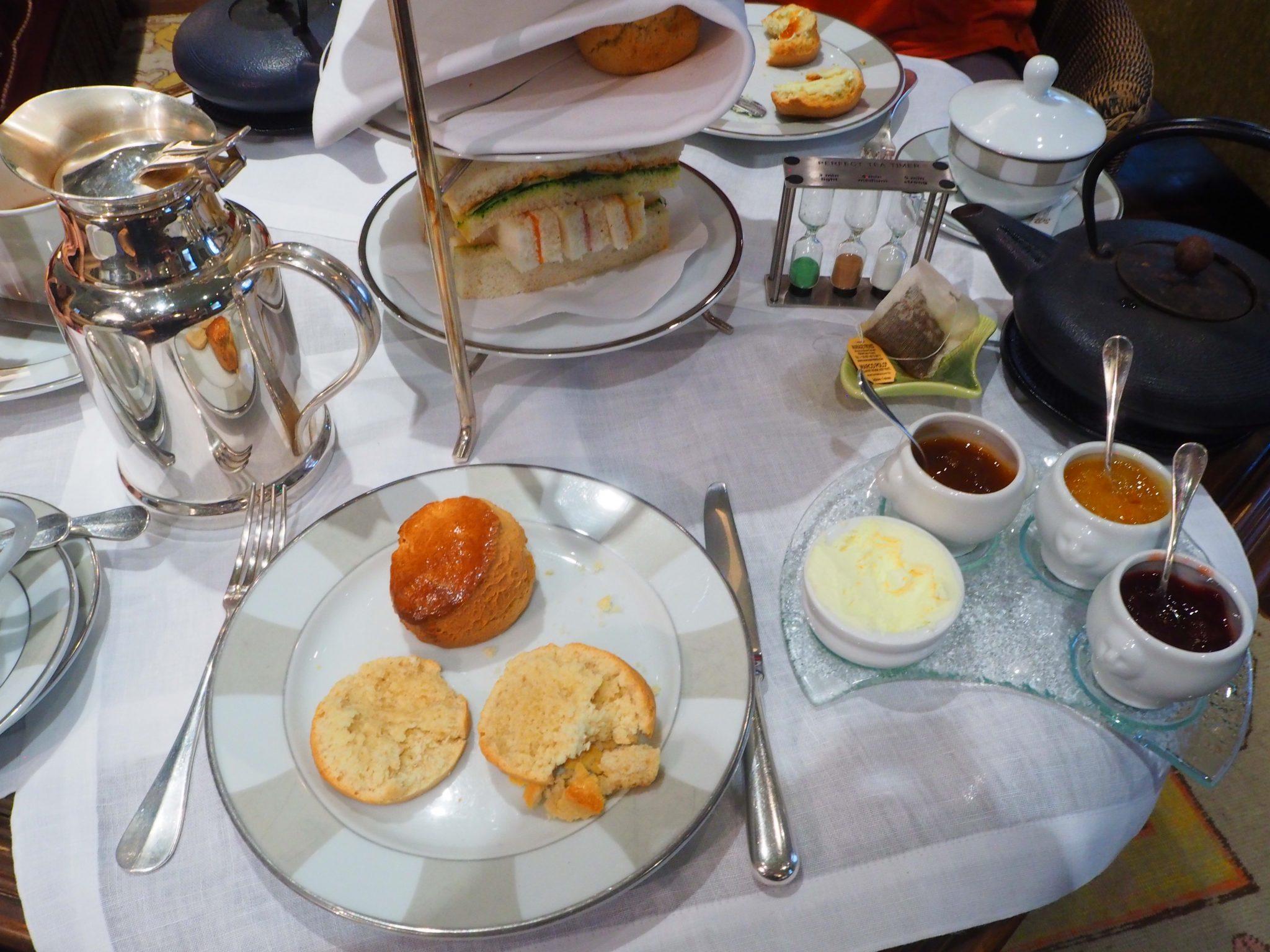 Scones & Toppings / Garnitures - Afternoon Tea / Tea Time Hotel Daniel Paris
