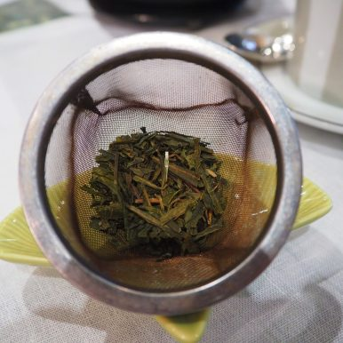 Loose-leaf tea / Thé en vrac