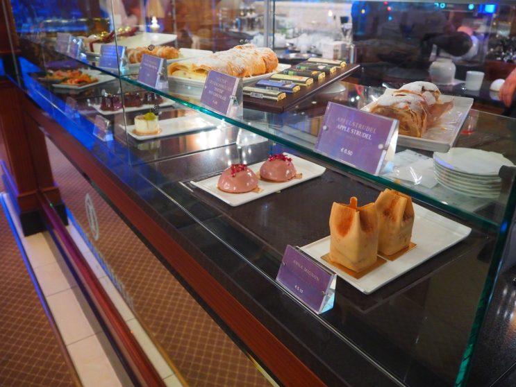 A-la-carte Cakes