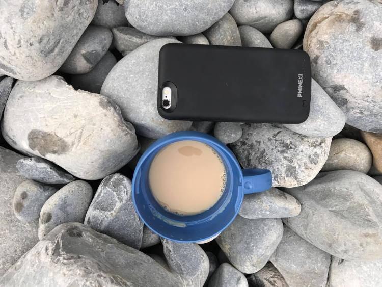 iphone charge case
