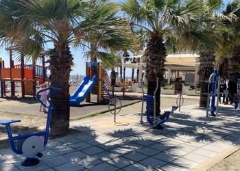 υπαίθρια όργανα γυμναστικής στην ακτή Μακένζυ