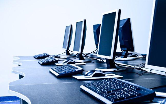 Για άτομα άνω των 50 ετών μαθήματα ηλεκτρονικών υπολογιστών