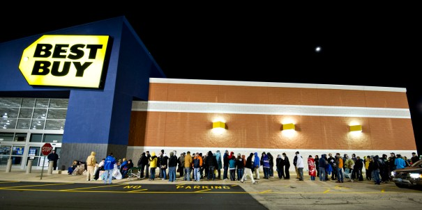 Views of Early Black Friday Shopping at a Best Buy Store