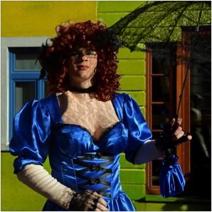 1520006 02 Ton van Boxsel Travestestiet Carnaval Binche 5 pnt