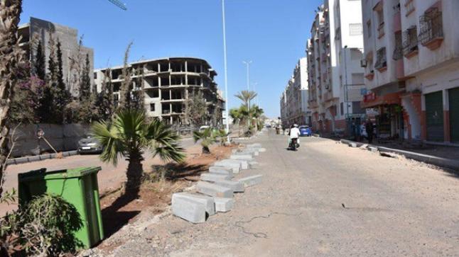 مهنيون غاضبون من أشغال تهيئة وتوسيع شوارع أكادير الرئيسية