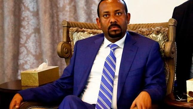 رئيس وزراء اثيوبيا لولي عهد أبو ظبي: علمونا العربية ونعلمكم الإسلام الصحيح
