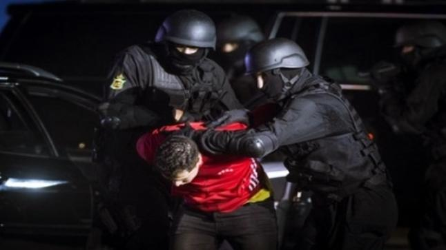 """فرقة أمنية ملثمة تُوقف """"صعصع"""" أحد أكبر بارونات المخدرات بأكادير"""