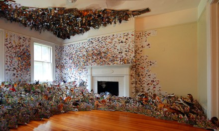 ATG Quirkies: Amazing 3-D collage from over 1,000 books