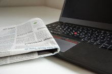 newspaper-and-pc