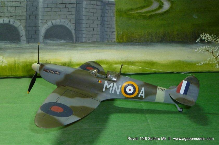 Spitfire IIa 001