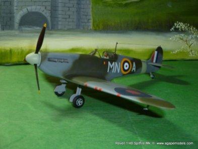 Spitfire IIa 004