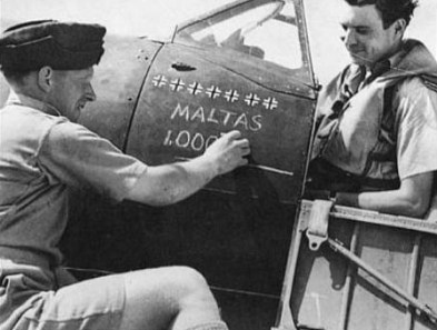 John Lynch and crewman commemorating the 1000th kill.
