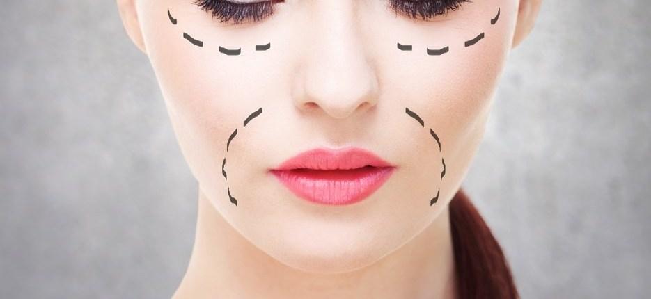 ansigt på kvinde