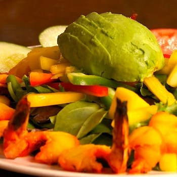 Avocado and fresh vegetables