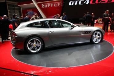 Ferrari-GTC4-Lusso-4-680x453