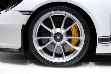 Porsche-911-R-16-680x453