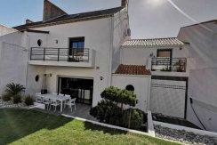 Challans - Maison 8 pièces 215 m2 à Challans - ELIOT IMMOBILIER CHALLANS