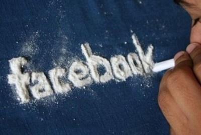 accro-reseaux-sociaux-facebook