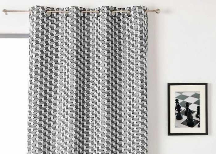 rideau cube 3d 135x240 cm gris noir et blanc pret a poser dedans rideau motif graphique agencecormierdelauniere com agencecormierdelauniere com
