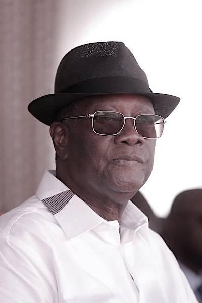 4Alassane Ouattara chapo2