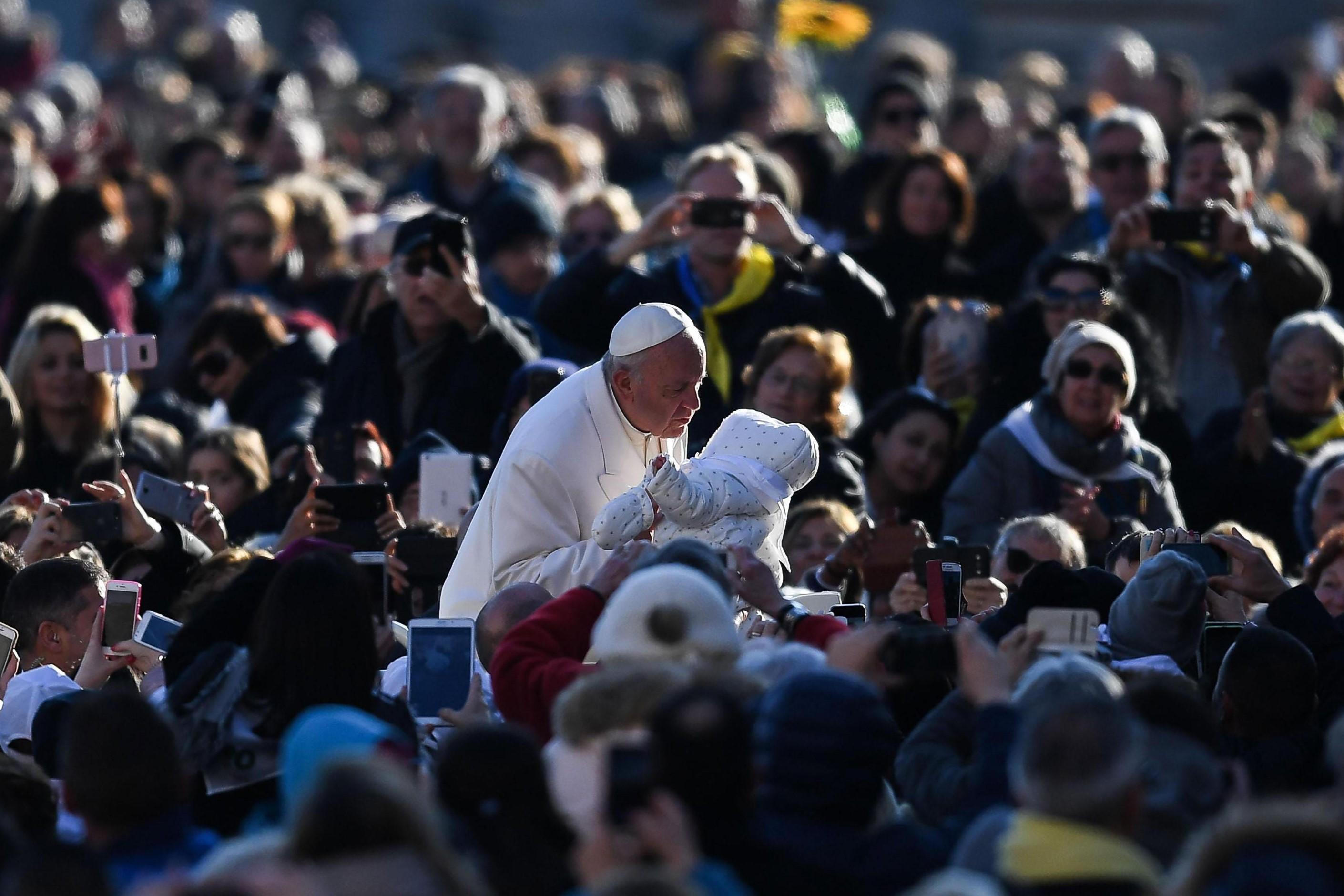 Papa apela ao