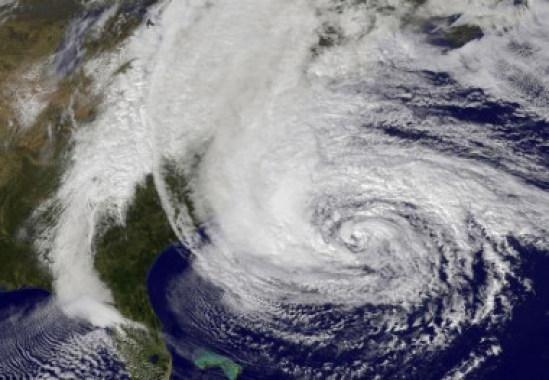 <p>El huracán Sandy cruzó el Atlántico en 2012. / NASA</p>