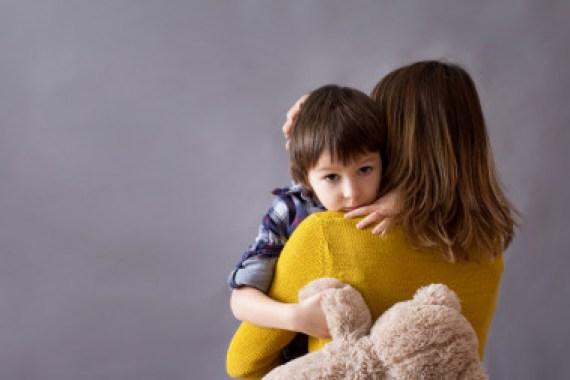 <p>Cuando los niños escuchan breves extractos de las voces de sus madres, una amplia variedad de regiones cerebrales se activa. / Fotolia</p>