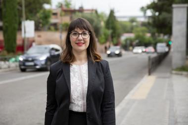 <p>La ingeniera química Rosa Arias ha sido elegida por la UE para liderar el proyecto D-Noses, que planea crear un mapa mundial del olor con la ayuda de la ciencia ciudadana. / David Fernández / SINC</p>