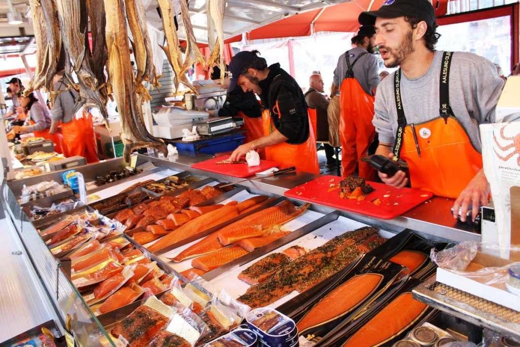 mercato del pesce Bryggen