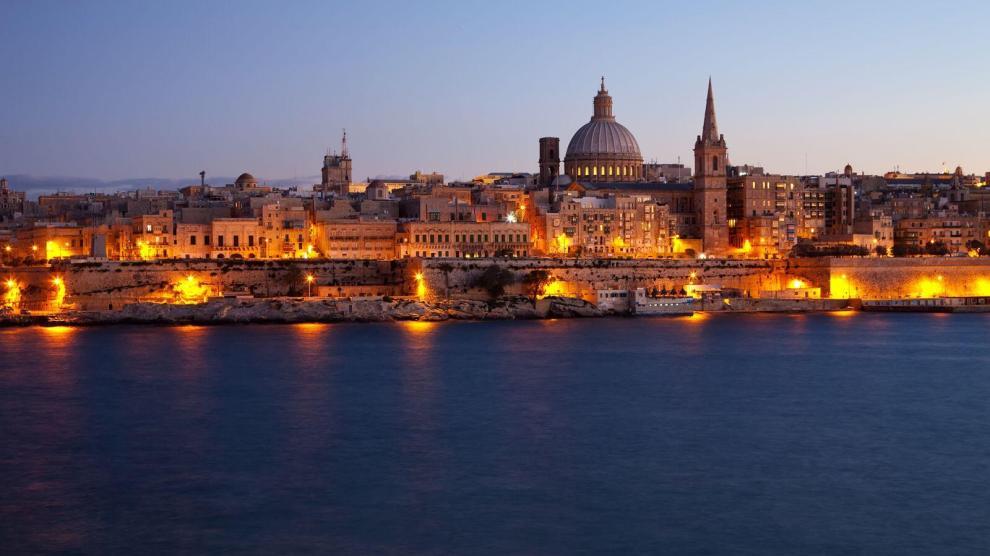 Frutto di una straordinaria contaminazione culturale e linguistica, Malta rappresenta una destinazione di viaggio ideale in diversi periodi dell'anno, con il suo clima mite anche durante la stagione fredda.
