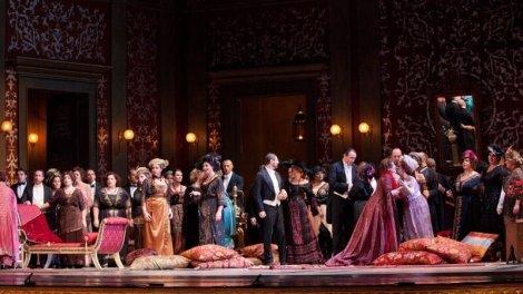 Traviata di Ozpetek San Carlo